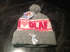 Disney's Frozen I ❤️ Olaf, Embroidered Gray,White,Pink & Red Knit Beanie With Pom Pom Brand New With Tags for Sale in Tarpon Springs, FL