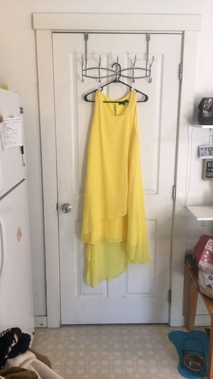 High low yellow dress 12 for Sale in East Wenatchee, WA