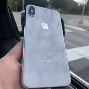 iPhone X 256gb AT&T/Cricket for Sale in Round Rock, TX