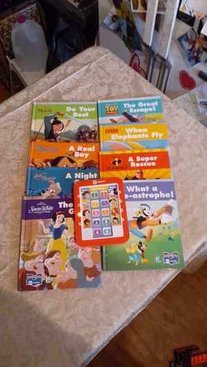 8 Stories Books to Choose From Excellent condition for Sale in Bakersfield, CA