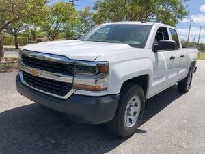 Mint Condition 2017 Chevy Silverado 1500 double cab loaded clean title good miles for Sale in Pembroke Pines, FL