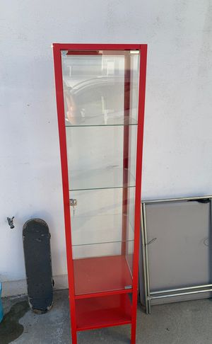 IKEA display case biby for Sale in Temple City, CA