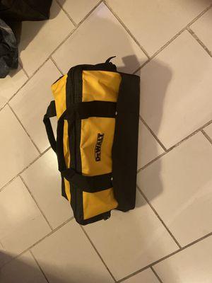 Bolsas dewalt nuevas $20 12x20 new dewalt 💼 $20 for Sale in Chicago, IL