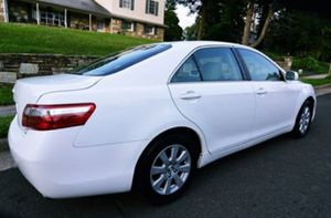 2OO8 Toyota Camry firm price $8OO W8AJ2H for Sale in Irvine, CA