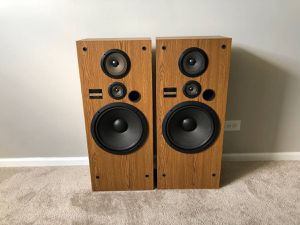 Pioneer 3 Way Tower Home Floor Standing Speakers 150W for Sale in Mount Prospect, IL