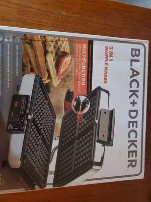 3 in 1 waffle maker for Sale in Las Vegas, NV