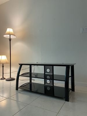 Modern tv stand for Sale in Fort Lauderdale, FL