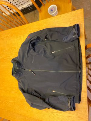 Marmot Men's Medium Jacket for Sale in Maple Valley, WA