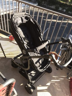 Urbani stroller / bassinet for Sale in Montclair, CA