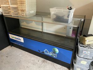 Retail Show Cases for Sale in Houston, TX