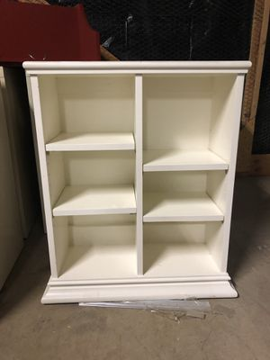 Cute White shelving unit for bedroom or bathroom for Sale in Cedar Mill, OR