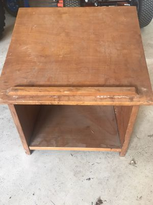 LAST CALL !!! Table Top Podium You Pickup for Sale in New Ringgold, PA