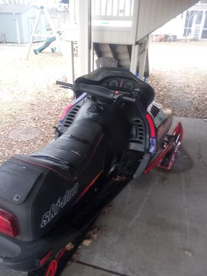 Ski doo snowmobile for Sale in Ham Lake, MN