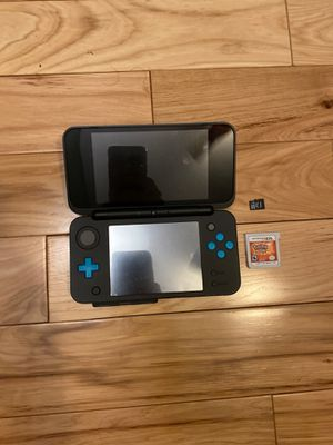 Nintendo 2ds XL with Pokémon Sun and Mario Kart 7 for Sale in Oak Park, IL