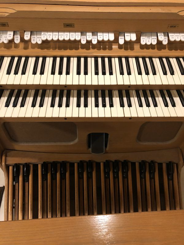 Allen organ two manual