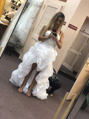 Gorgeous Wedding Dress for Sale in Herndon, VA