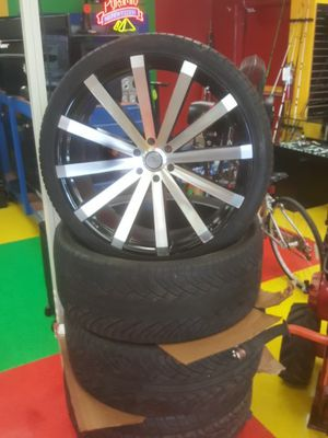 """26"""" rims with good tires for Sale in Austin, TX"""