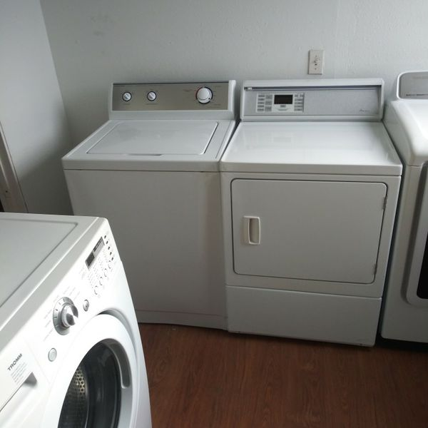 Washer And Dryer Set Comes With A 30-day Warranty