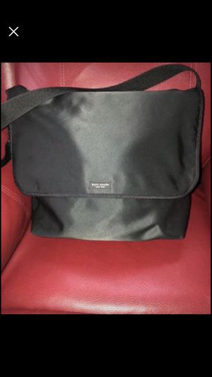 Kate Spade XL messenger Bag for Sale in Hackensack, NJ
