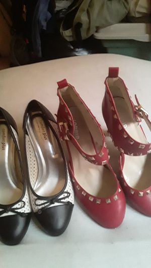 Black an white mid heels with bow on front. Red heels with spikes on front an strap size 9 for Sale in St. Louis, MO