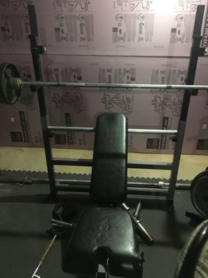 Weight lifting Bench and Miscellaneous for Sale in Lemont, IL