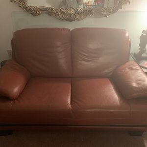 Brown Leather Love Seat for Sale in West Mifflin, PA