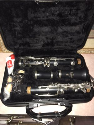 Clarinet set with case for Sale in Aurora, IL