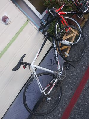 Cannondale bicycle road bike for Sale in Palo Alto, CA
