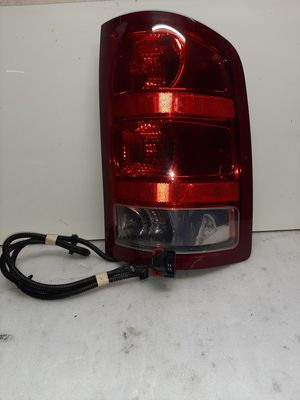 2011 2018 dodge ram 1500 tail light right side for Sale in Lynwood, CA