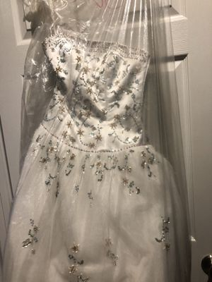 Wedding dress for Sale in Bonifay, FL
