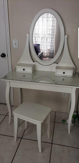 Ikea vanity for Sale in Orlando, FL