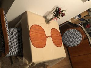 4chairs + table for Sale in Tacoma, WA