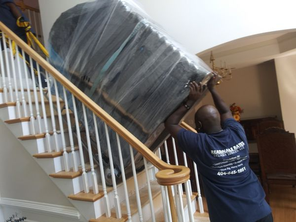 REASONABLE RATES DELIVERY SERVICE SPECIALIZES IN SMALL & ELEVATOR MOVES !!!
