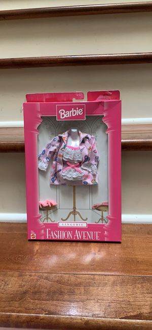 Barbie clothes for Sale in Austin, TX