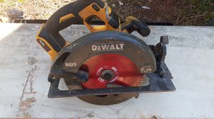 DeWalt cordless circular saw dcs575 7 1/4 for Sale in Greer, SC