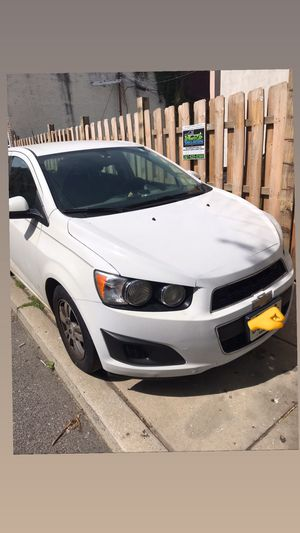 Chevy sonic Lt for Sale in Philadelphia, PA