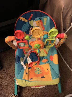 Baby chair for Sale in Adelanto, CA