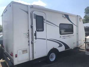 2010 Gulfstream 18' Streamlite Camper for Sale in Westerville, OH