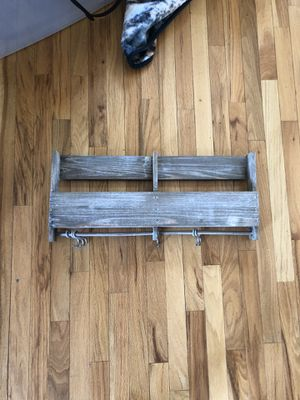 Entry way wall shelf for Sale in Columbus, OH