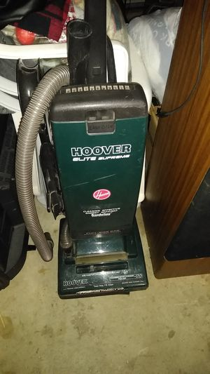 Hoover vacuum for Sale in Brooklyn, OH