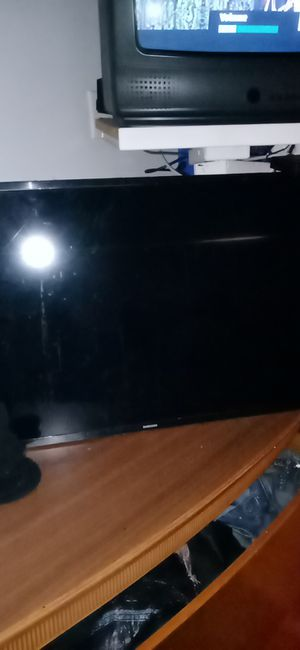 Samsung TV for Sale in Bakersfield, CA