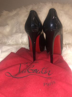 Christian Louboutin Bianca Platform Pump - Black Patent Leather, Size 40, Worn TWICE! for Sale in Nashville, TN