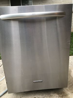 KitchenAid dishwasher *Not Working* *Parts Only* for Sale in San Antonio, TX