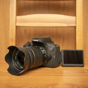 Canon t6i for Sale in Garland, TX