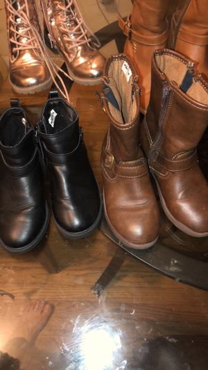 Girls boots for Sale in Newark, NJ