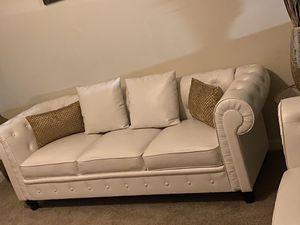 2 new White couches for Sale in Atlanta, GA