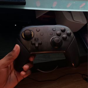 Nintendo Switch with Pro Controller Micro SD Card And Case for Sale in Brooklyn, NY
