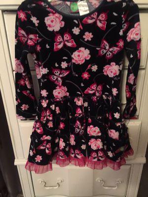 Size 4 velvet designer little girls skater style dress euc clean nice for Sale in Northfield, OH