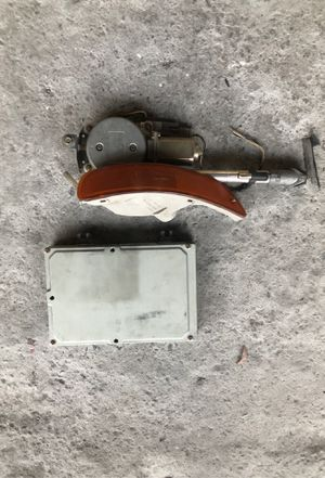 1997 Acura integra signal light, antena, and cpu for Sale in Los Angeles, CA