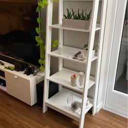 White Ladder Shelf for Sale in Tiburon,  CA